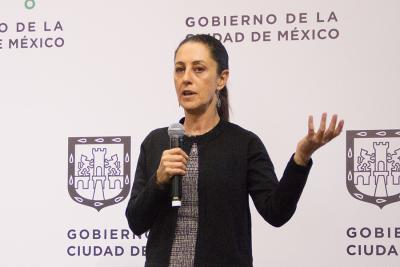 Sheinbaum enlista acciones de movilidad y transporte en seminario de tránsito