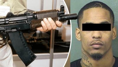 Padre de familia acude a escuela con AK-47 para ajustar cuentas con maestro