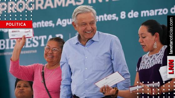 En ausencia del gobernador, AMLO entrega programas sociales en Aguascalientes