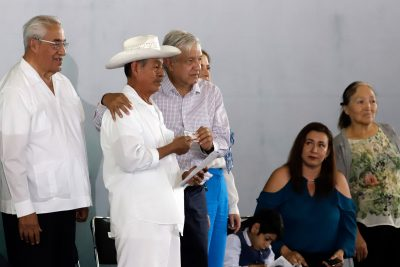 AMLO en Puebla: a prisión quien cometa fraude electoral, y nada de usar mi nombre