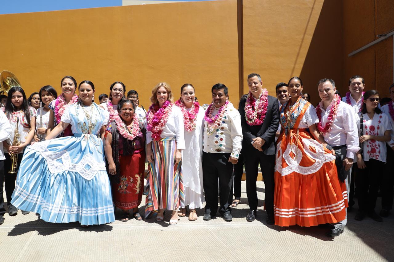 Alejandro Murat y Fundación Azteca impulsan cultura musical de Oaxaca