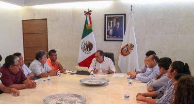 Astudillo y pescadores del astillero continuarán rescate de la Playa Manzanillo