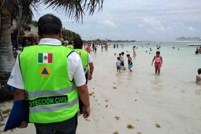 Quintana Roo concientiza a turistas sobre normas de seguridad en playas