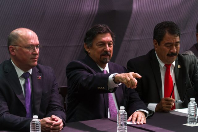 Gómez Urrutia advierte que reforma laboral implica el fin del charrismo sindical