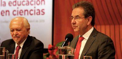SEP y CNTE dialogan sobre la reforma educativa