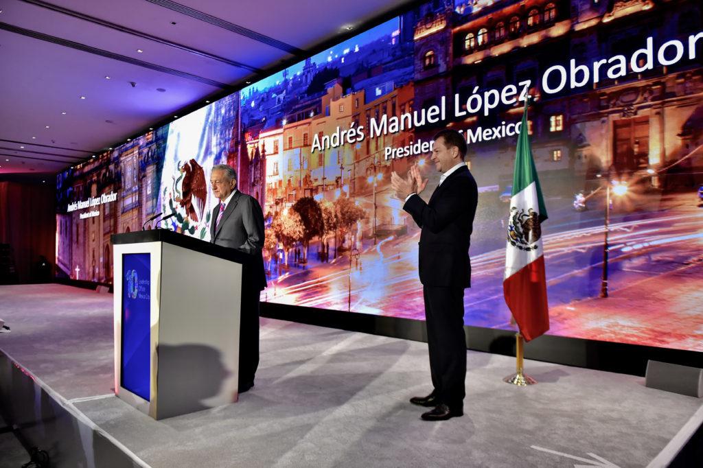 AMLO se reúne con directivos del Banco de América; acuerdan inversión