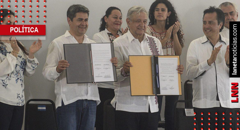 AMLO y presidente de Honduras firman convenio de cooperación bilateral