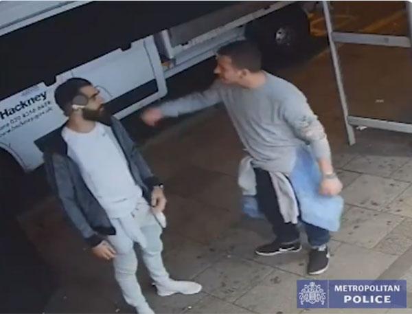 Indigna video de cómo dos hombres se burlan tras abusar de joven